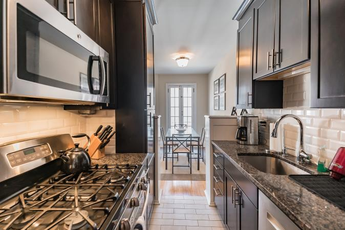 Granite kitchen countertops in a Rittenhouse Square apartment at 2130 Locust Street